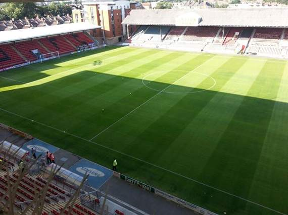 Leyton Orient avoid winding-up order after paying tax debt in full
