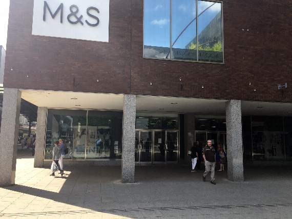 M&S to shut up to 14 stores, 468 jobs at risk